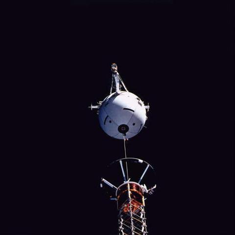 STS75-tss-deployment.jpg