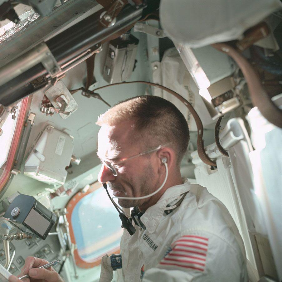 Walt Cunningham Fisher pen onboard.jpeg